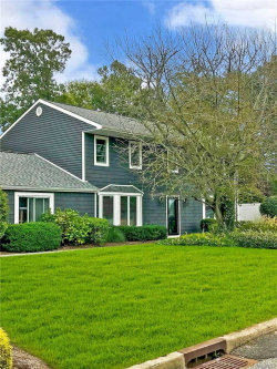 Photo of 301 Oakland Ave, Miller Place, NY 11764 (MLS # 3170597)