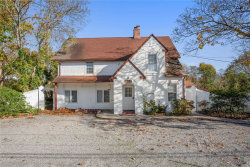 Photo of 304 Montauk Hwy, East Moriches, NY 11940 (MLS # 3178195)