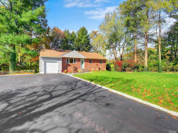 Photo of 4 Lower Rd, Smithtown, NY 11787 (MLS # 3181267)