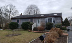 Photo of 32 Golden Gate Dr, Shirley, NY 11967 (MLS # 3182457)