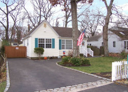 Photo of 104 Parkview Dr, Shirley, NY 11967 (MLS # 3184080)