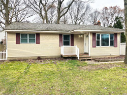 Photo of 45A Dawn Dr, Shirley, NY 11967 (MLS # 3185153)