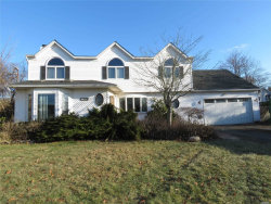 Photo of 31 Orchard Neck Dr, Center Moriches, NY 11934 (MLS # 3187128)