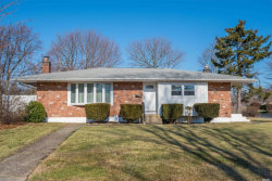 Photo of 20 Applewood Rd, St. James, NY 11780 (MLS # 3190689)
