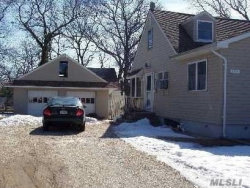 Photo of 144 Old Country Rd, Deer Park, NY 11729 (MLS # 2984544)