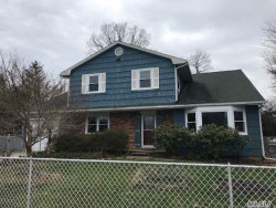Photo of 15 Orchard Dr, Deer Park, NY 11729 (MLS # 3029954)