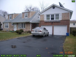 Photo of 145 Washington Ave, Deer Park, NY 11729 (MLS # 3075915)
