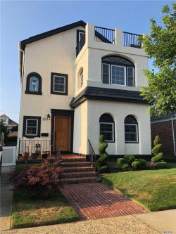 Photo of 425 W Olive St, Long Beach, NY 11561 (MLS # 3156252)