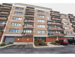 Photo of 1905 S Wolf Road, Unit Number 507, HILLSIDE, IL 60162 (MLS # 09604179)