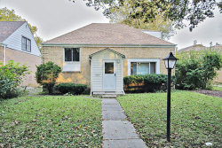 Photo of 6719 N Lawndale Avenue, LINCOLNWOOD, IL 60712 (MLS # 09641314)