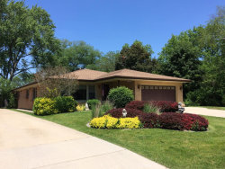 Photo of 6906 W Jarvis Avenue, NILES, IL 60714 (MLS # 09659348)
