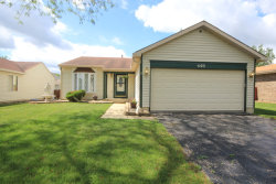 Photo of 402 Flint Trail, CAROL STREAM, IL 60188 (MLS # 09664128)