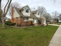 Photo of 374 Bernard Street, BUFFALO GROVE, IL 60089 (MLS # 09668203)