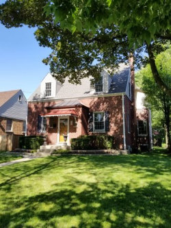 Photo of 919 S Washington Avenue, PARK RIDGE, IL 60068 (MLS # 09684562)