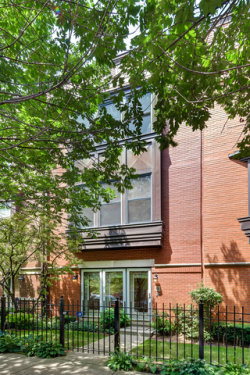 Photo of 1406 W Fillmore Street, Unit Number 1406, CHICAGO, IL 60607 (MLS # 09694008)