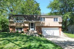 Photo of 2000 Nottingham Lane, WHEATON, IL 60189 (MLS # 09694682)