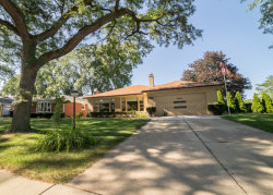 Photo of 4830 Coyle Avenue, LINCOLNWOOD, IL 60712 (MLS # 09707025)
