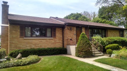Photo of 321 N Elmhurst Avenue, MOUNT PROSPECT, IL 60056 (MLS # 09715514)