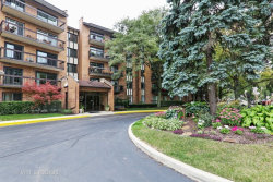 Photo of 601 Lake Hinsdale Drive, Unit Number 211, WILLOWBROOK, IL 60527 (MLS # 09752469)