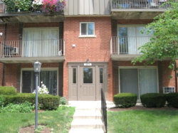 Photo of 574 Fairway View Drive, Unit Number 1I, WHEELING, IL 60090 (MLS # 09754199)