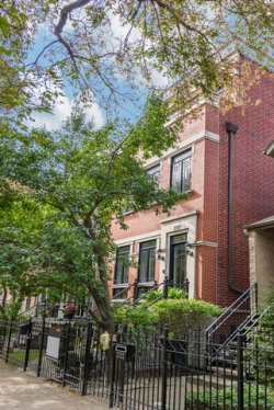 Photo of 2720 N Bosworth Avenue, CHICAGO, IL 60614 (MLS # 09757703)