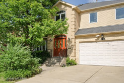 Photo of 6621 N Saint Louis Avenue, LINCOLNWOOD, IL 60712 (MLS # 09782248)