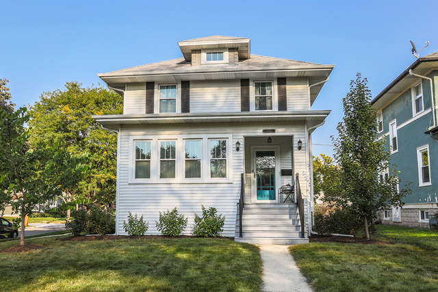 Photo for 4703 Saratoga Avenue, DOWNERS GROVE, IL 60515 (MLS # 09797927)