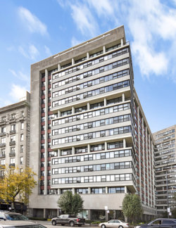 Photo of 3410 N Lake Shore Drive, Unit Number 10D, CHICAGO, IL 60657 (MLS # 09798890)