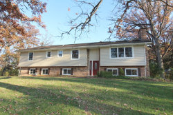 Photo of 2912 Red Barn Road, CRYSTAL LAKE, IL 60012 (MLS # 09799718)
