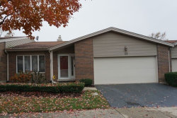 Photo of 29 Pebblewood Trail, Unit Number 29, NAPERVILLE, IL 60563 (MLS # 09803790)