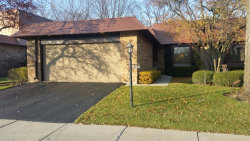 Photo of 4024 Dundee Road, NORTHBROOK, IL 60062 (MLS # 09805842)