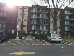 Photo of 2900 Maple Avenue, Unit Number 8E, DOWNERS GROVE, IL 60515 (MLS # 09811719)