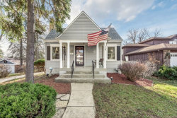 Photo of 919 Highland Court, DOWNERS GROVE, IL 60515 (MLS # 09815054)
