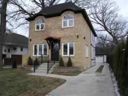 Photo of 5737 N Lansing Avenue, CHICAGO, IL 60646 (MLS # 09818781)