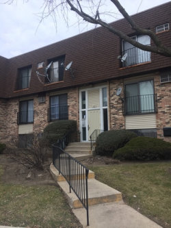 Photo of 162 S Waters Edge Drive, Unit Number 102, GLENDALE HEIGHTS, IL 60139 (MLS # 09821802)