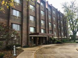 Photo of 8455 W Leland Avenue, Unit Number 401, CHICAGO, IL 60656 (MLS # 09824302)