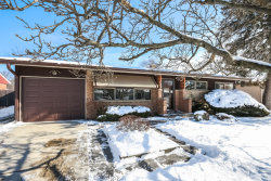 Photo of 1033 Midway Road, NORTHBROOK, IL 60062 (MLS # 09833559)