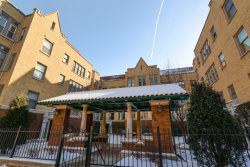 Photo of 627 W Addison Street, Unit Number 2, CHICAGO, IL 60613 (MLS # 09836019)