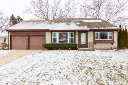 Photo of 855 Aspen Drive, BUFFALO GROVE, IL 60089 (MLS # 09836240)