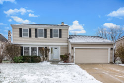 Photo of 800 Heatherdown Way, BUFFALO GROVE, IL 60089 (MLS # 09836347)