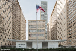 Photo of 3950 N Lake Shore Drive, Unit Number 421, CHICAGO, IL 60613 (MLS # 09837588)