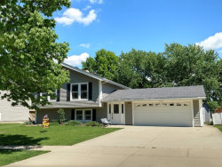Photo of 309 Plymouth Lane, BLOOMINGDALE, IL 60108 (MLS # 09858769)