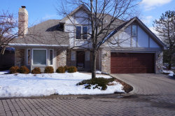 Photo of 560 Rivershire Place, LINCOLNSHIRE, IL 60069 (MLS # 09859490)