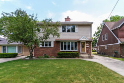 Photo of 525 S 5th Avenue, DES PLAINES, IL 60016 (MLS # 09862771)