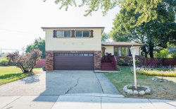 Photo of 21 Ambleside Road, DES PLAINES, IL 60016 (MLS # 09864449)