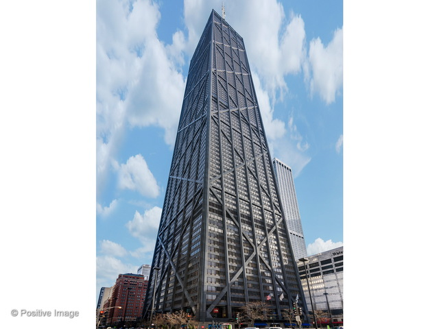 Photo for 175 E Delaware Place, Unit Number 8504, CHICAGO, IL 60611 (MLS # 09882357)