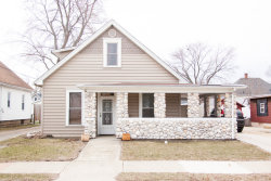 Photo of 917 W Jefferson Street, OTTAWA, IL 61350 (MLS # 09883389)