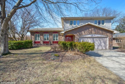 Photo of 6820 Saratoga Avenue, DOWNERS GROVE, IL 60516 (MLS # 09883516)