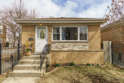 Photo of 2936 W Nelson Street, CHICAGO, IL 60618 (MLS # 09885327)