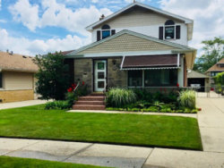Photo of 7131 N Ozark Avenue, CHICAGO, IL 60631 (MLS # 09886254)